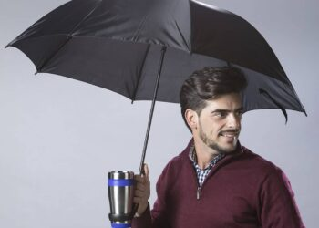 original-lluvia-frio-paraguas